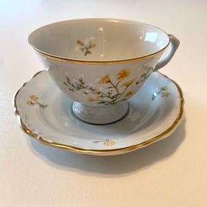 Walbrzych Spring Time Tea Set